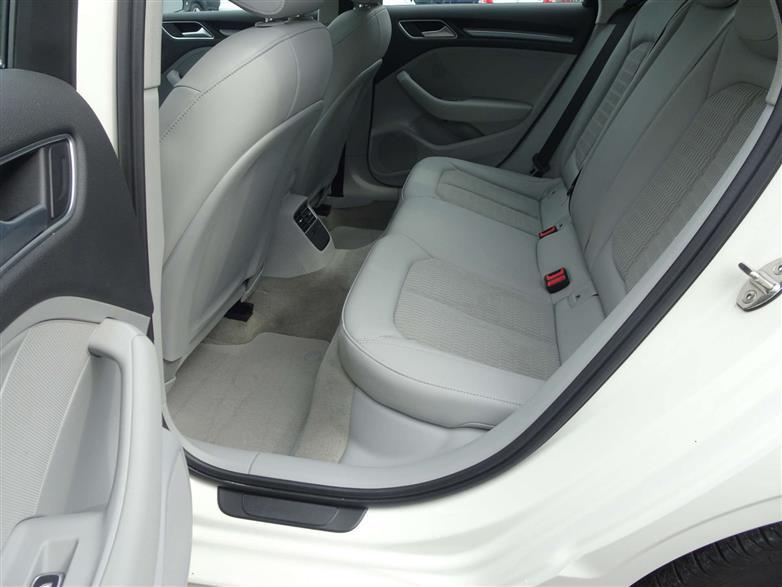 İkinci El Audi A3 1.6 TDI 110HP AMBIENTE S-TRONIC 2015 - Satılık Araba Fiyat - Otoshops