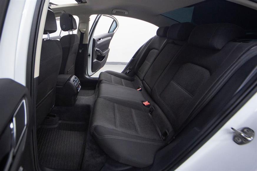 İkinci El Volkswagen Passat 1.6 TDI 120HP COMFORTLINE BMT 2016 - Satılık Araba Fiyat - Otoshops