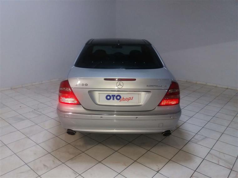 ✖ İkinci el mercedes e-serisi e 200 kompressor avantgarde 2006