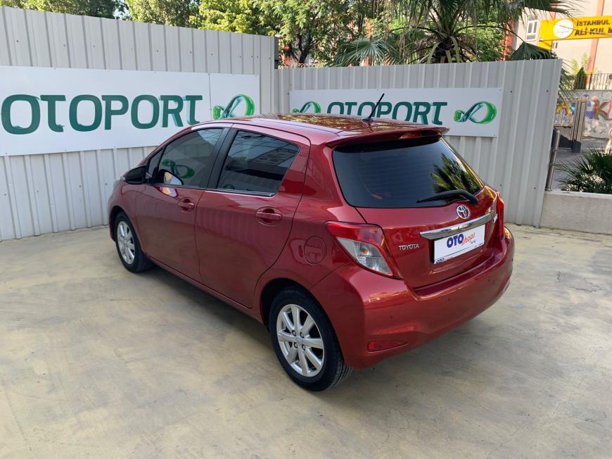 İkinci El Toyota Yaris 1.33 STYLE MULTIDRIVE S AUT 2012 - Satılık Araba Fiyat - Otoshops