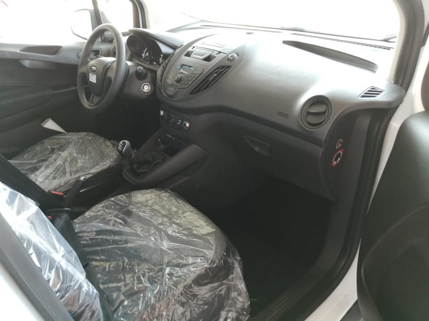 İkinci El Ford Tourneo Courier 1.5 TDCI 75HP TREND 2020 - Satılık Araba Fiyat - Otoshops